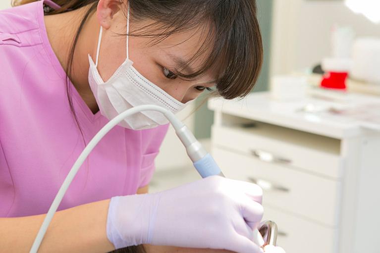 スタッフ全員が「歯科衛生士」の資格あり!